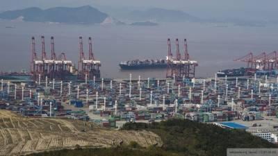 Самый загруженный порт Китая увеличивает грузооборот нефти и газа